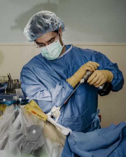 невиданная халатность в сша: хирург удалил почку пациента, приняв ее за опухоль